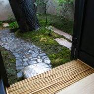 Tea House in Li Garden by Deshaus Atelier