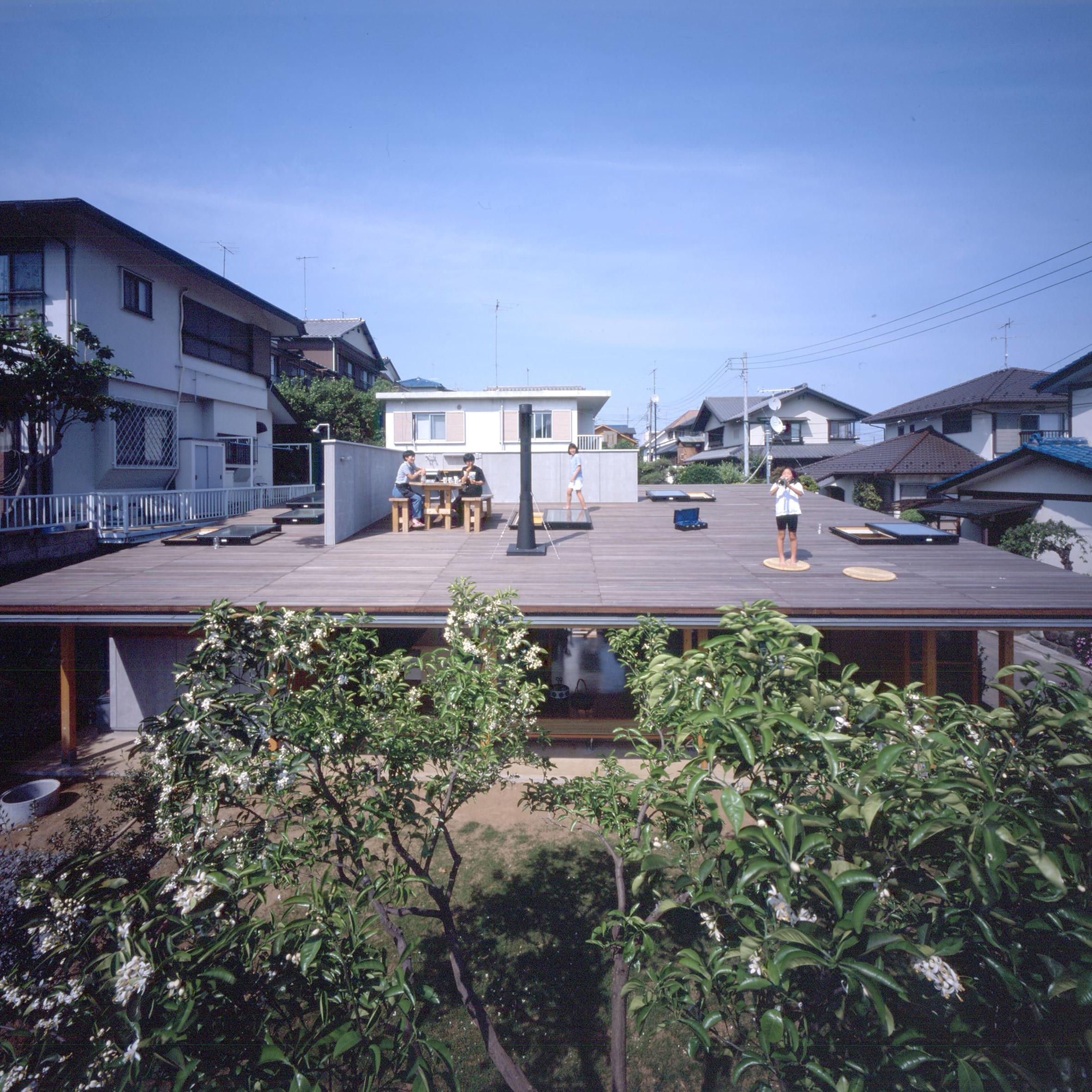 Roof House by Tezuka Architects