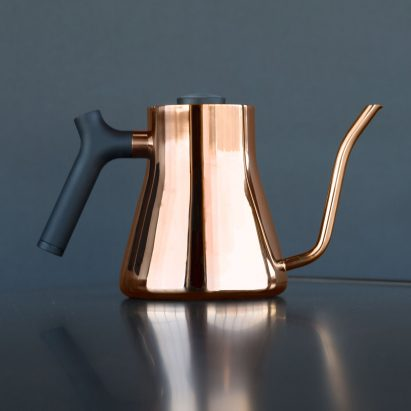 the-stagg-ekg-fellow-products-design-kitchen-appliances-kitchenware-homeware-kettles_dezeen_2364_col_0