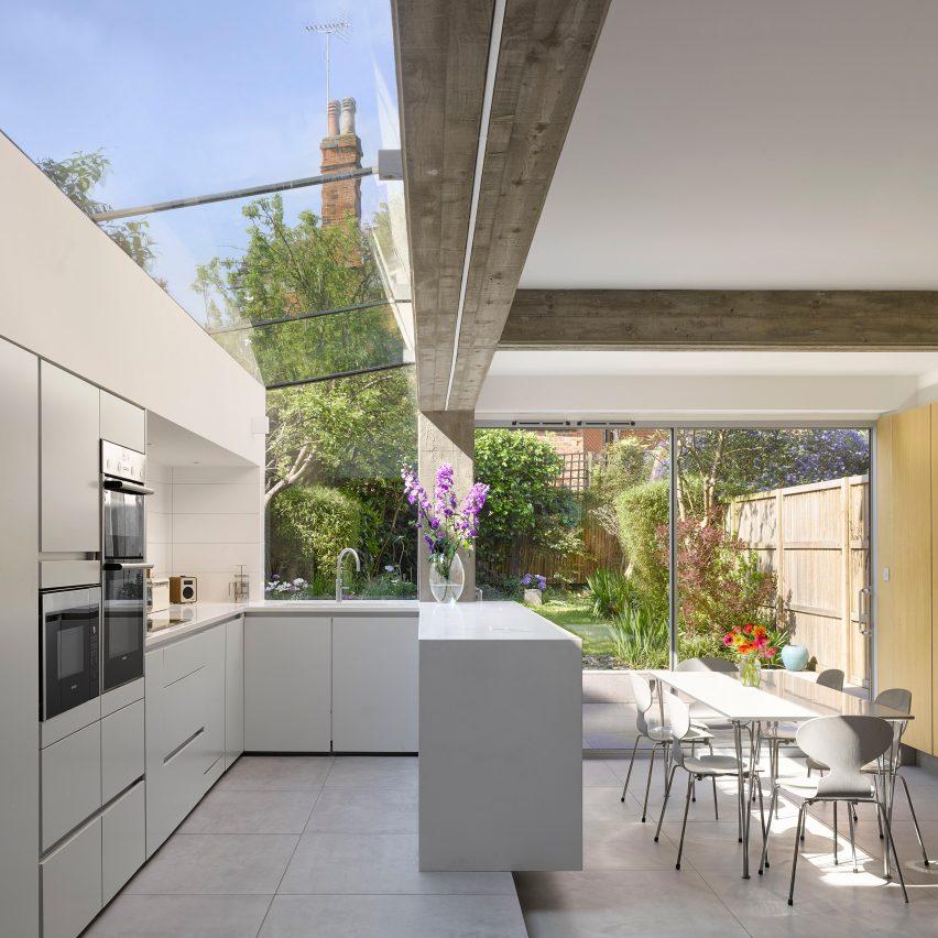 Part 2 or Part 3 architect at Paul Archer Design in London, UK