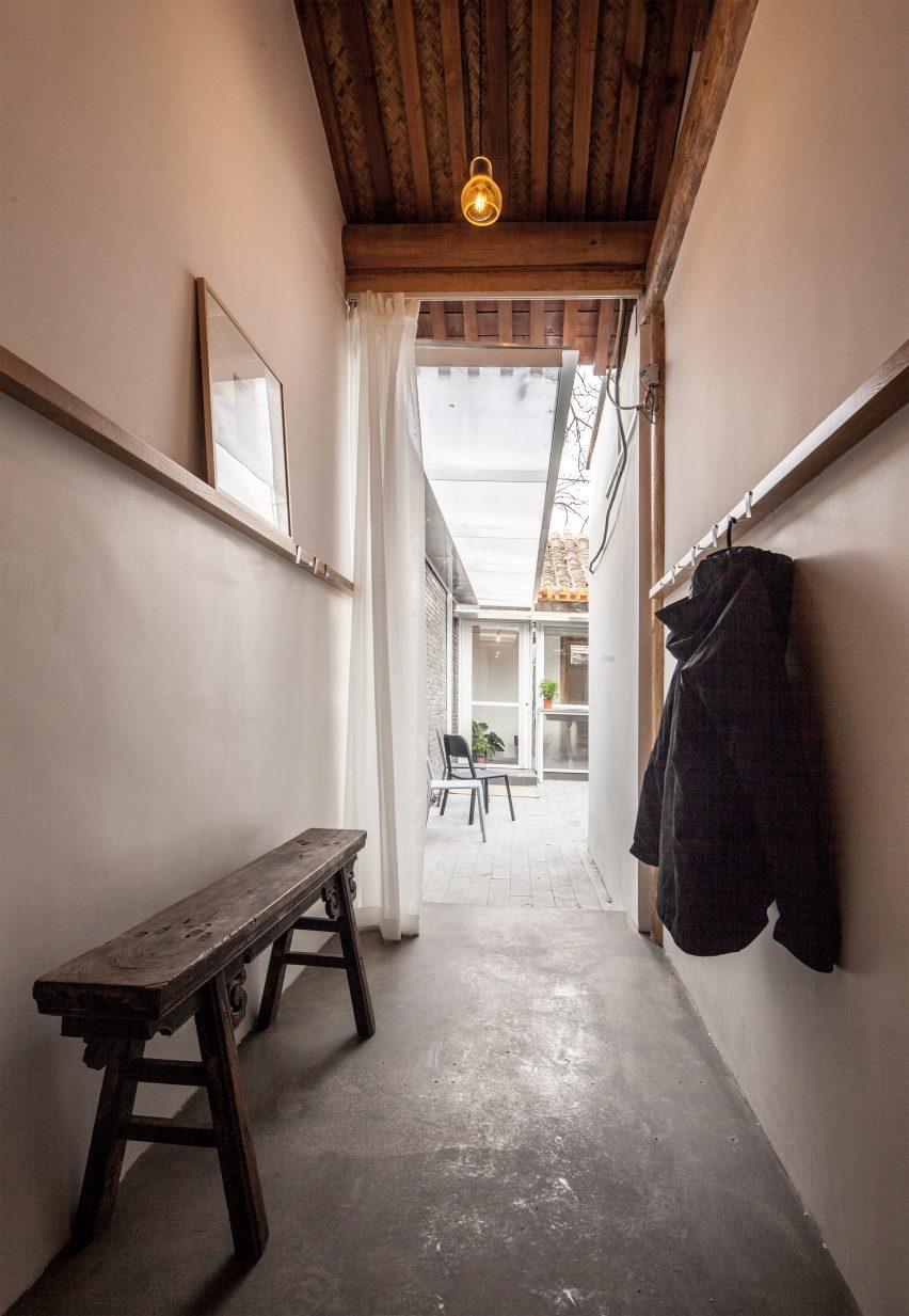 xirongxian-hutong-oeu-chao-renovation-residential-beijing-architecture_dezeen_2364_col_21