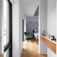 Peart/Weisgerber Residence at Habitat 67 by Moshe Safdie renovated by EMarchitecture Hall Leading to Bedroom