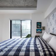 Peart/Weisgerber Residence at Habitat 67 by Moshe Safdie renovated by EMarchitecture Bed 2