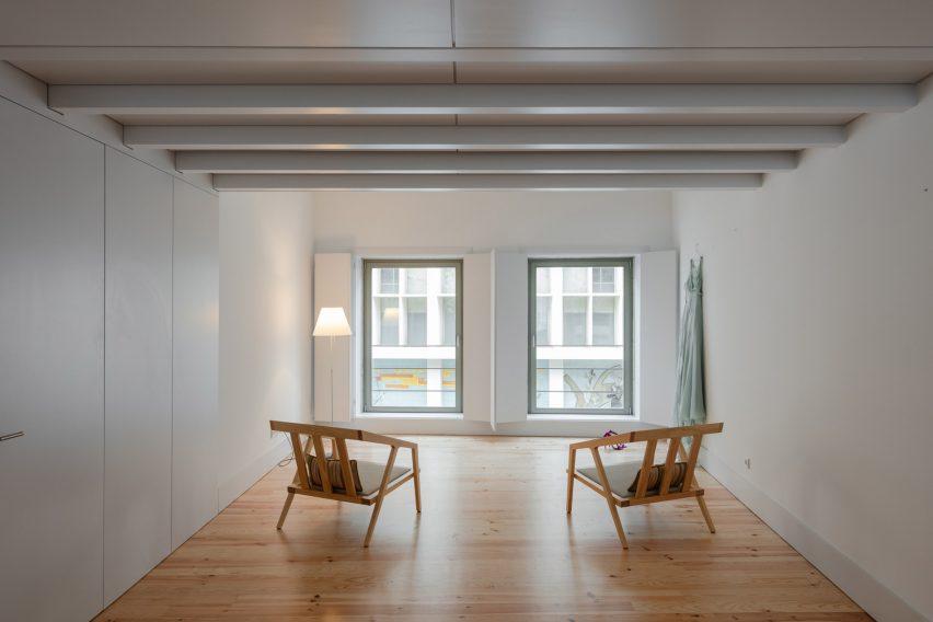 Alves da Veiga by Pedro Ferreira Architecture Studio