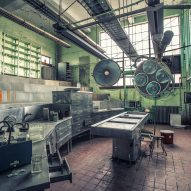 Autopsy theater Morgue Matt Van der Velde Architecture Abandoned Asylums Interior Jonglez Publishing