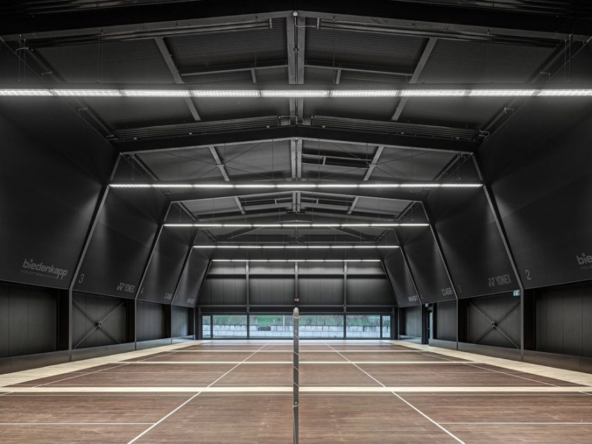Badminton Hall Langnau by Jan Henrik Hansen Architects