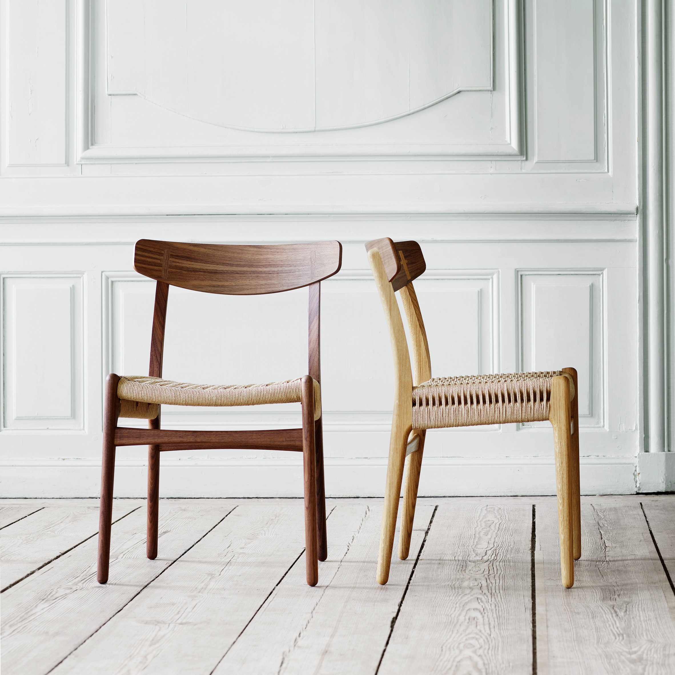 young danish designer reimagines the rocking chair at carl hansen 39 s new york showroom. Black Bedroom Furniture Sets. Home Design Ideas