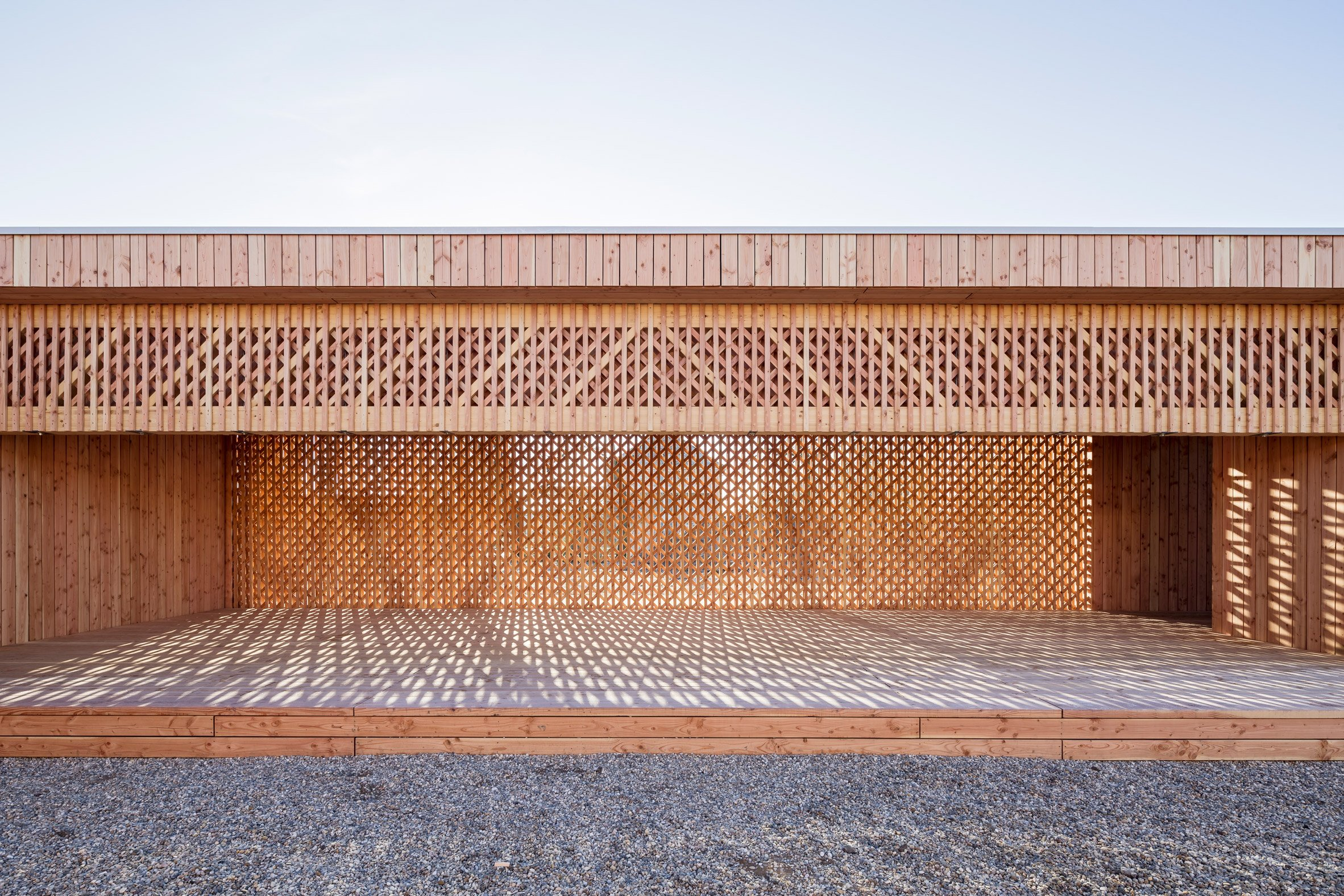 Architecture students build latticed-wood community centre in German refugee camp