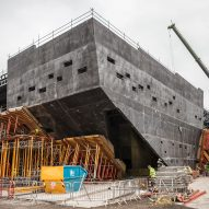 Kengo Kuma's V&A museum takes shape in Dundee