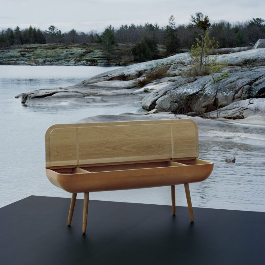 Coracle bench. Photograph by Matthew Tammaro
