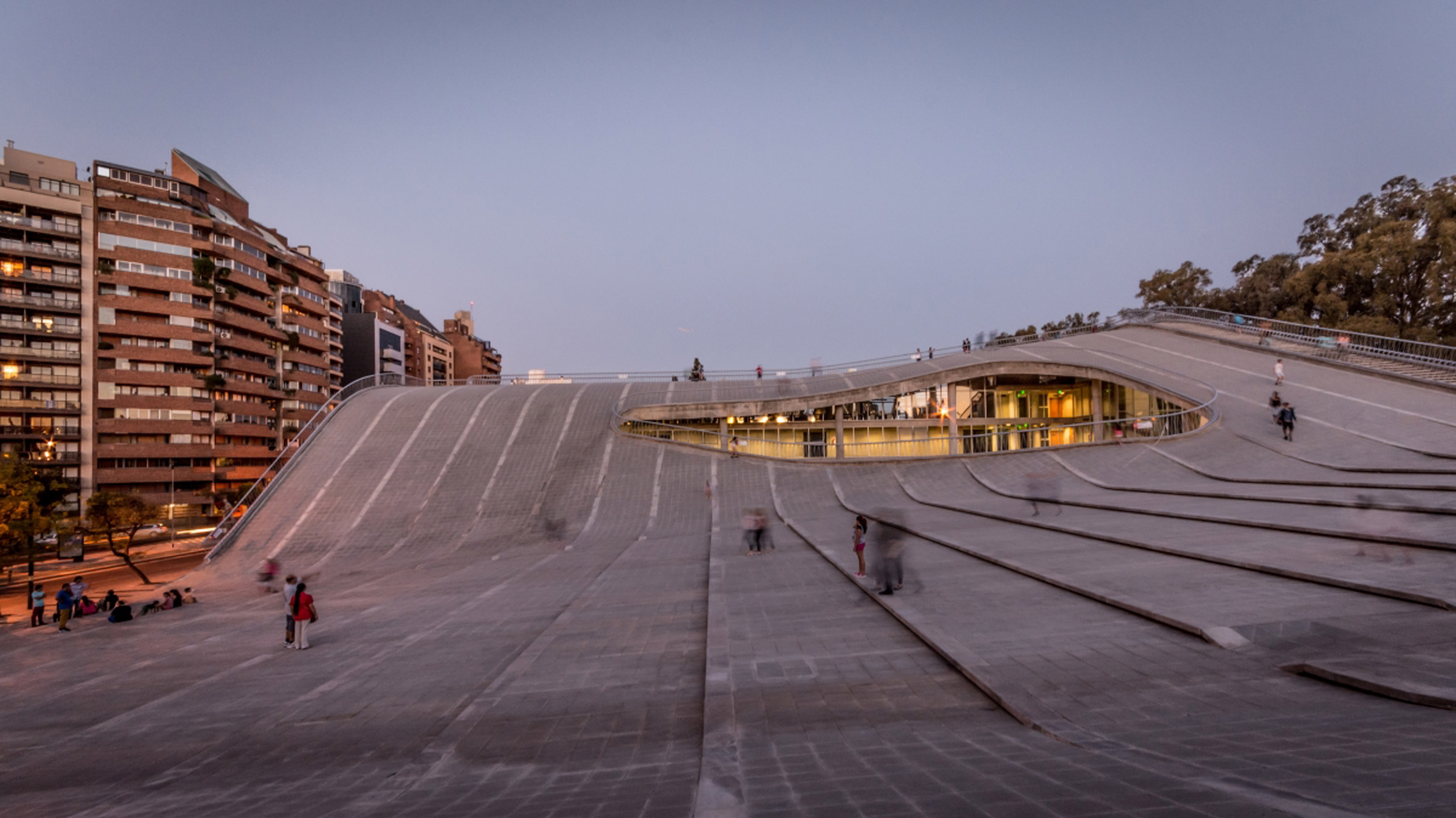 Córdoba Cultural Centre features an undulating roof that people can walk across