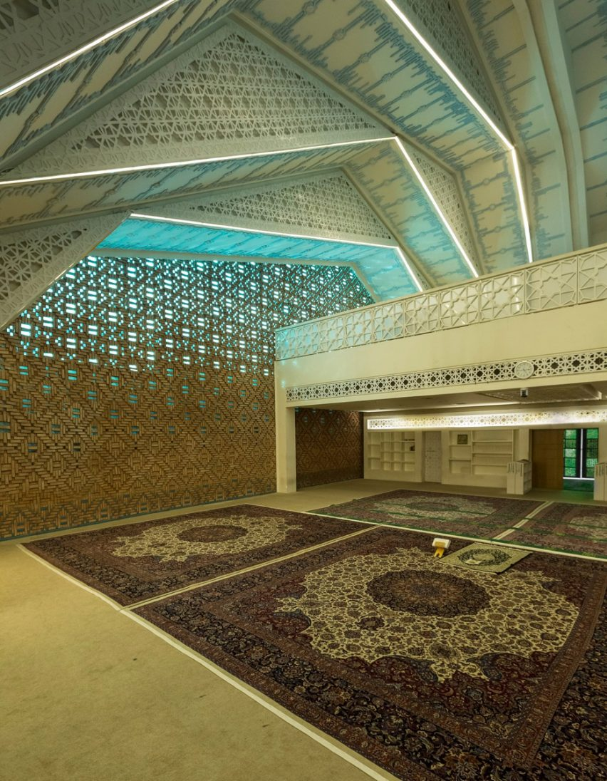 Architizer A+ Awards - Interior of Emam Reza Mosque and Cultural Complex by Kalout Architecture Studio