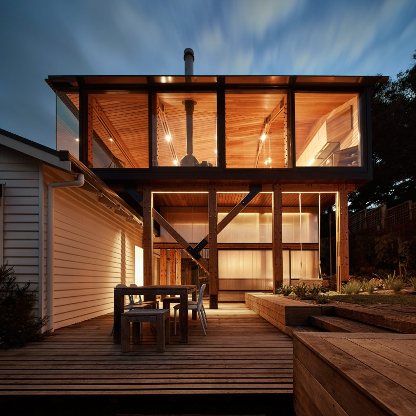 ... Architects Andrew Maynard And Mark Austin Was To Completely Restore The  Old Cabin, And Then Construct A New Building That Hovers Over Its Roof.