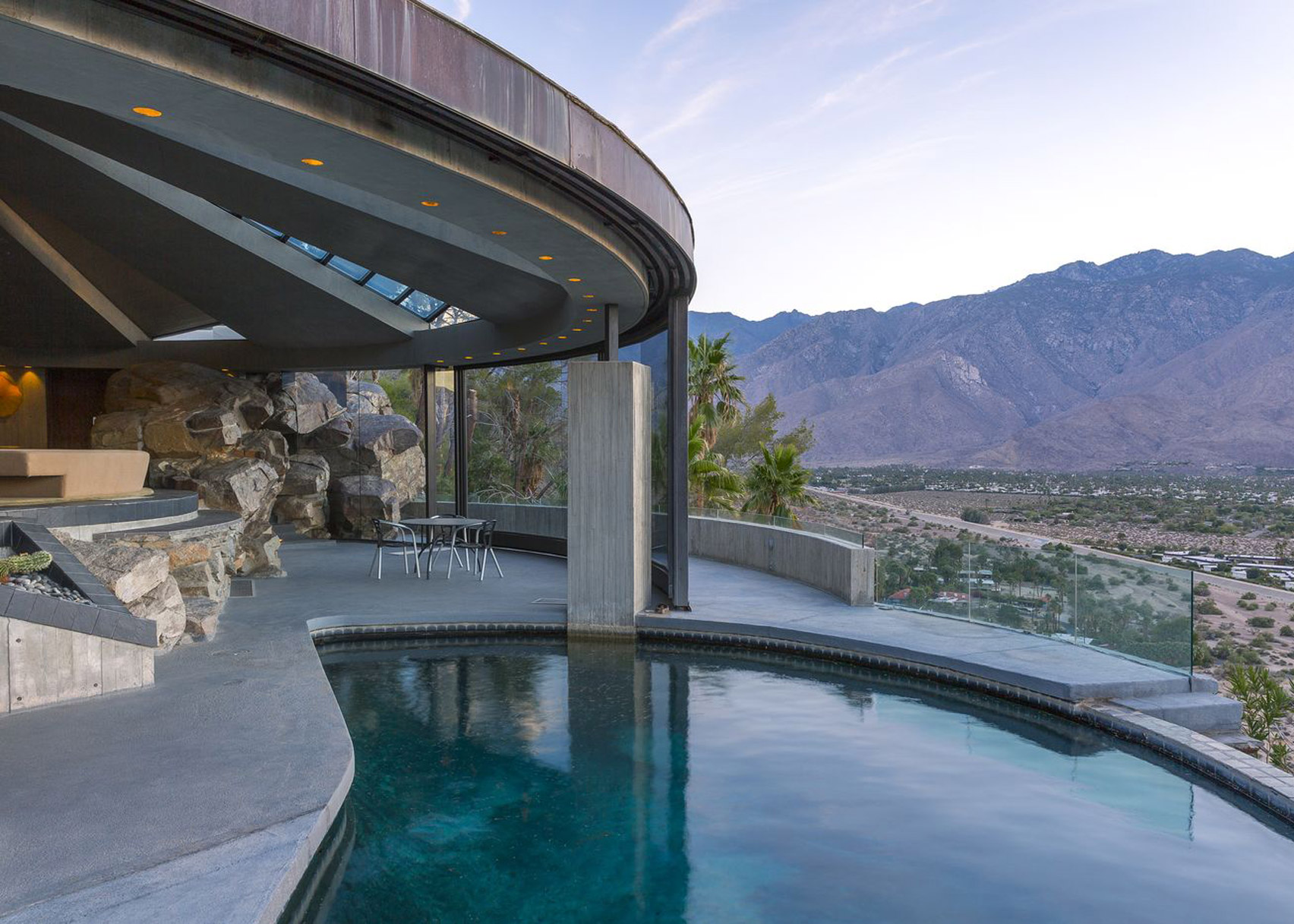Eight mid-century houses that prove Palm Springs is a
