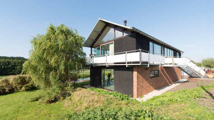 First C2C House in the Netherlands by Arconiko architecten
