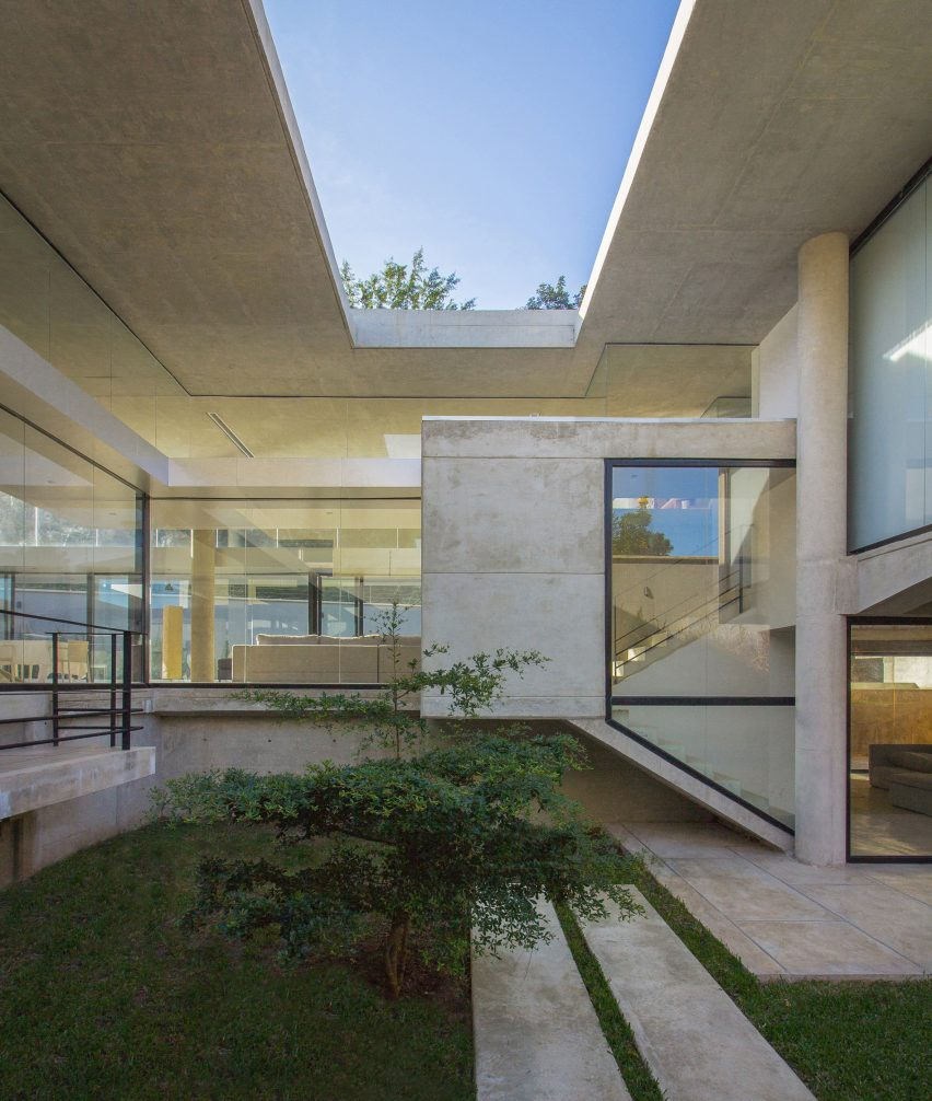 Guaparo House by NMD Nomadas