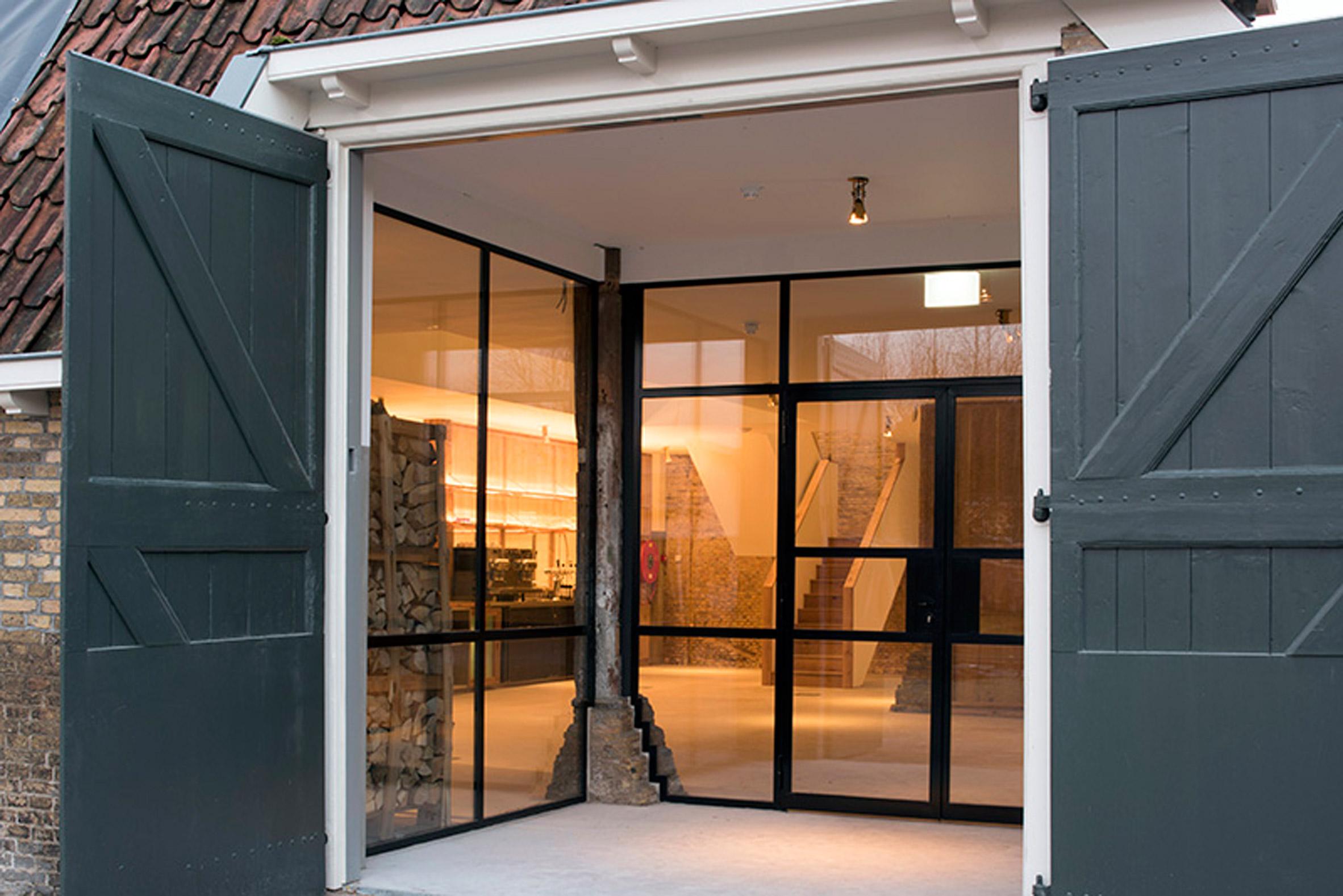 Herberch Omke Jan by Piet Hein Eek