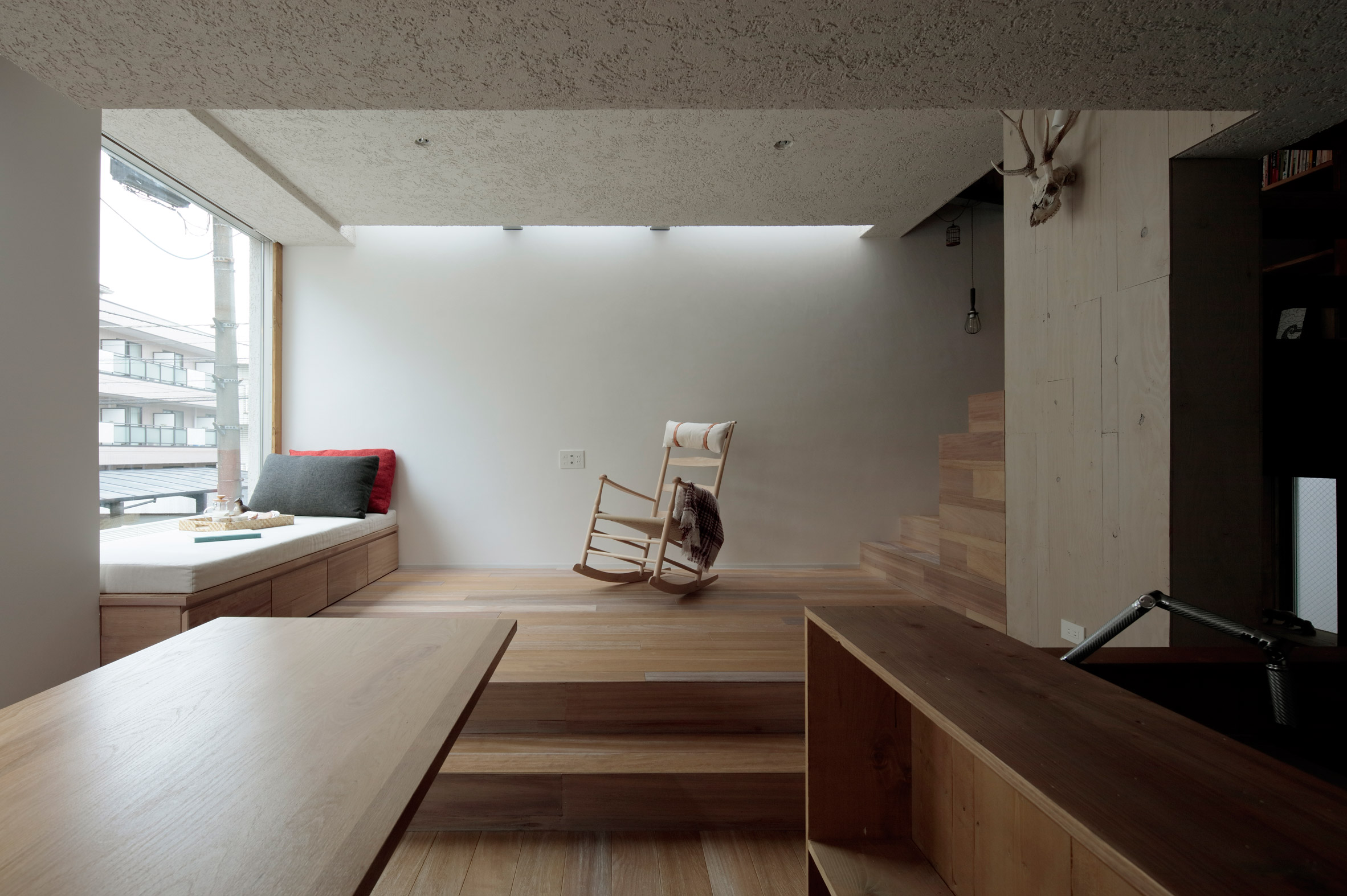 House in the City by Ryosuke Fujii