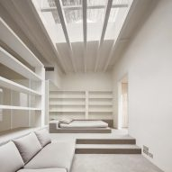 Arquitectura-G uses only light tones for Barcelona apartment renovation