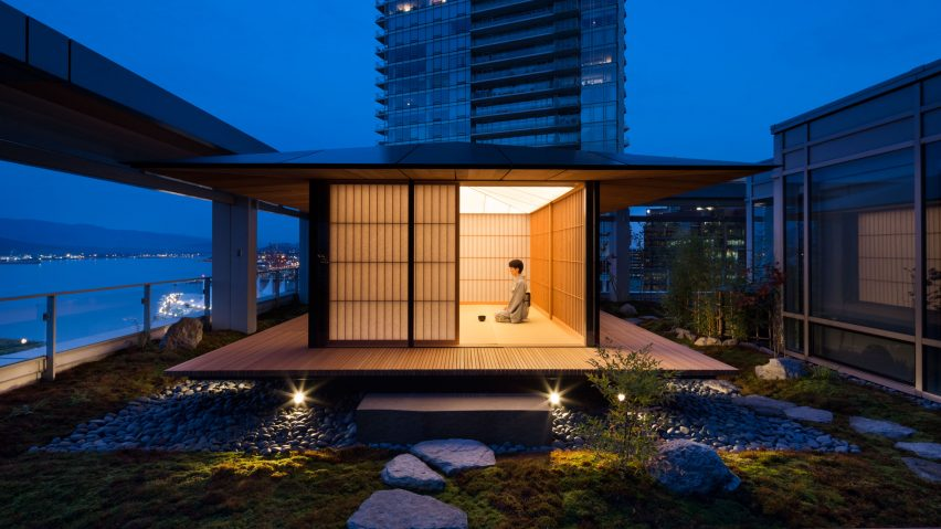 Superior Kengo Kuma Installs Teahouse On Vancouver Roof Terrace