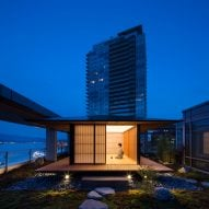Kengo Kuma installs teahouse on Vancouver roof terrace