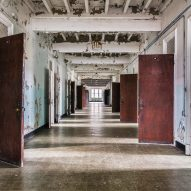 Kirkbride plan ward hallway Matt Van der Velde Architecture Abandoned Asylums Interior Jonglez Publishing