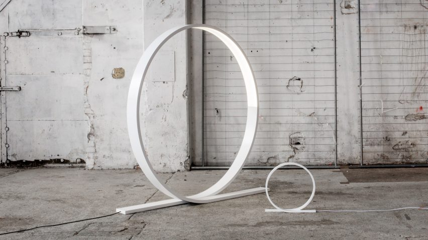 Timo Niskanen designs giant looping LED light for Himmee