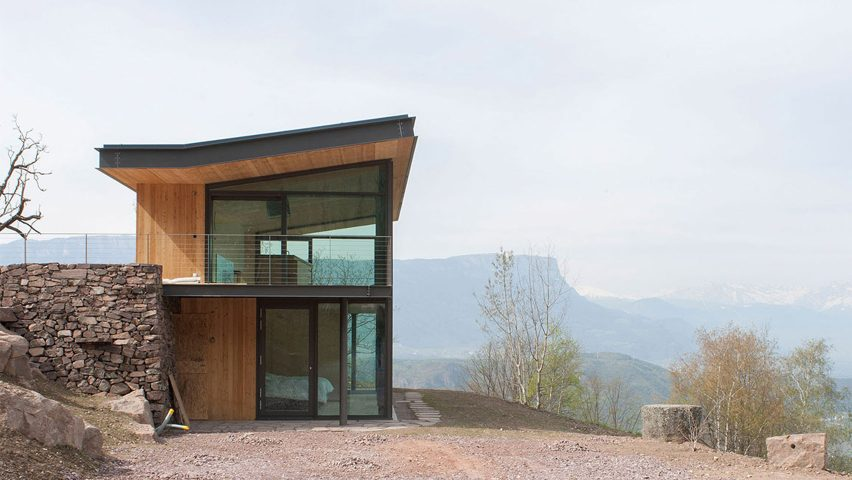 Mountain retreat by Modostudio