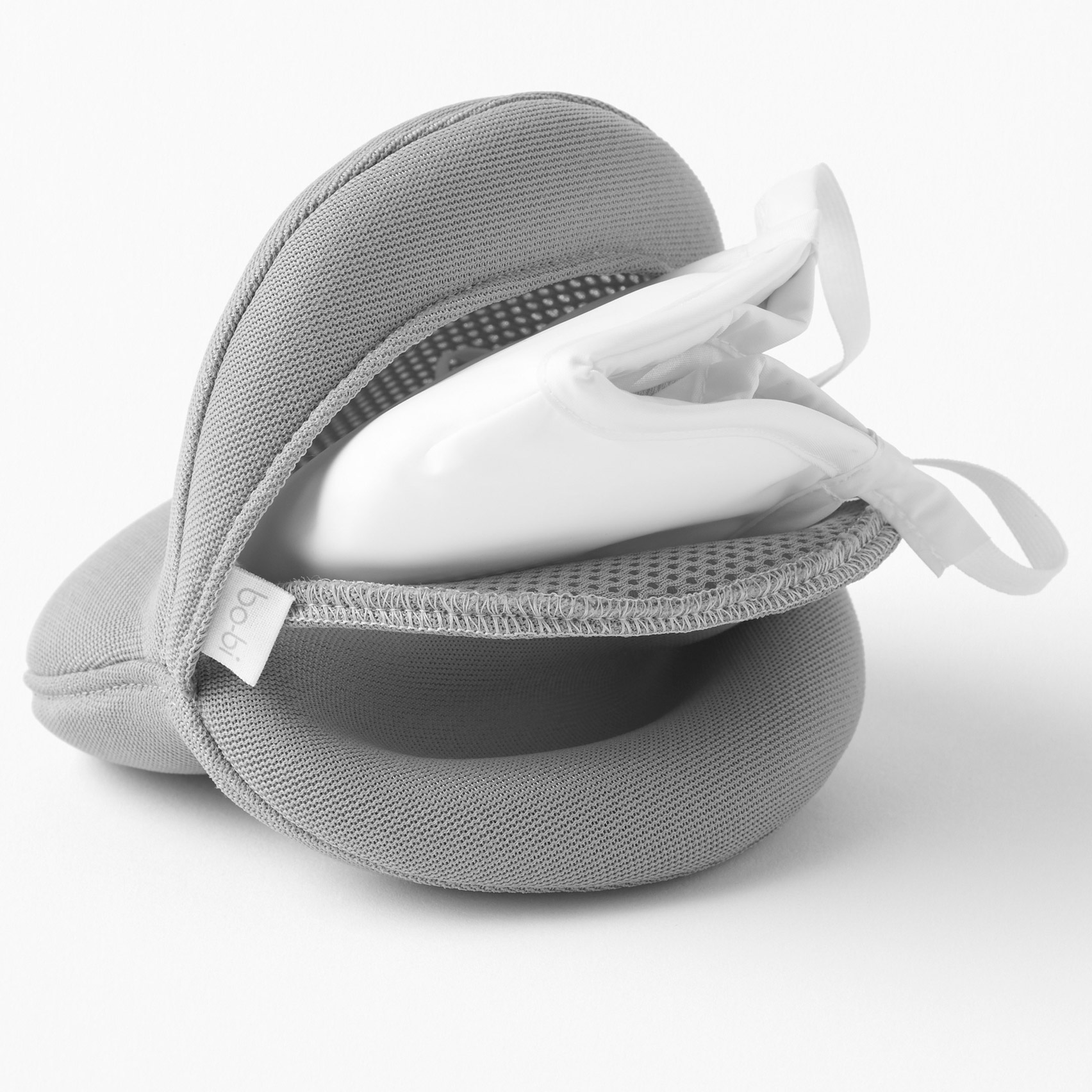 Nendo designs minimal branding for Bo-Bi pollution mask