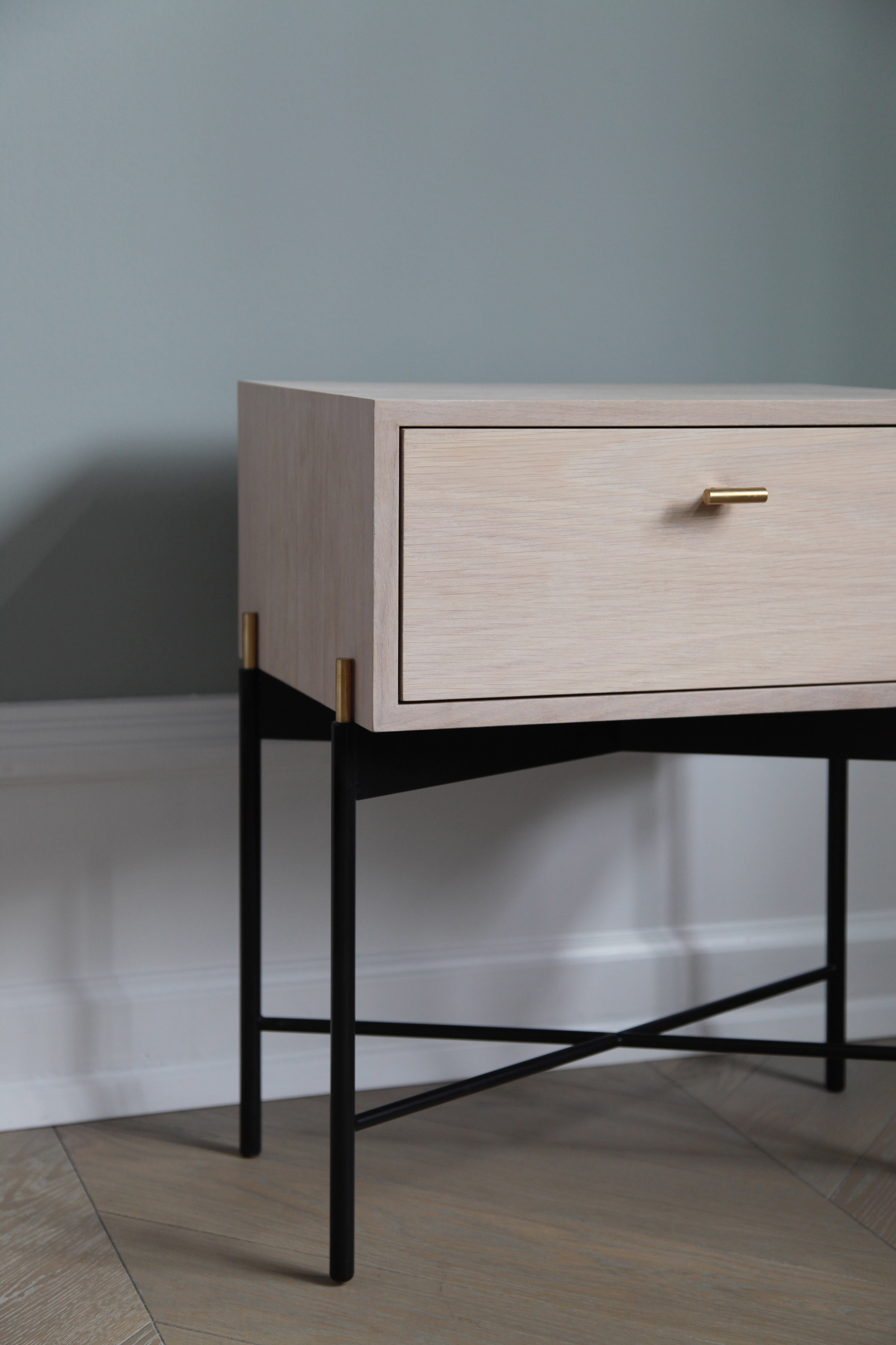 "Theresa Arns combines minimalism and art deco in ""simple but sensual"" furniture collection"