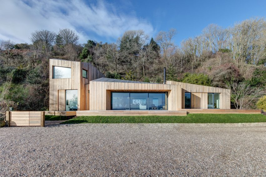 Ar Design Studio Replaces Landslide-Damaged Holiday Home With