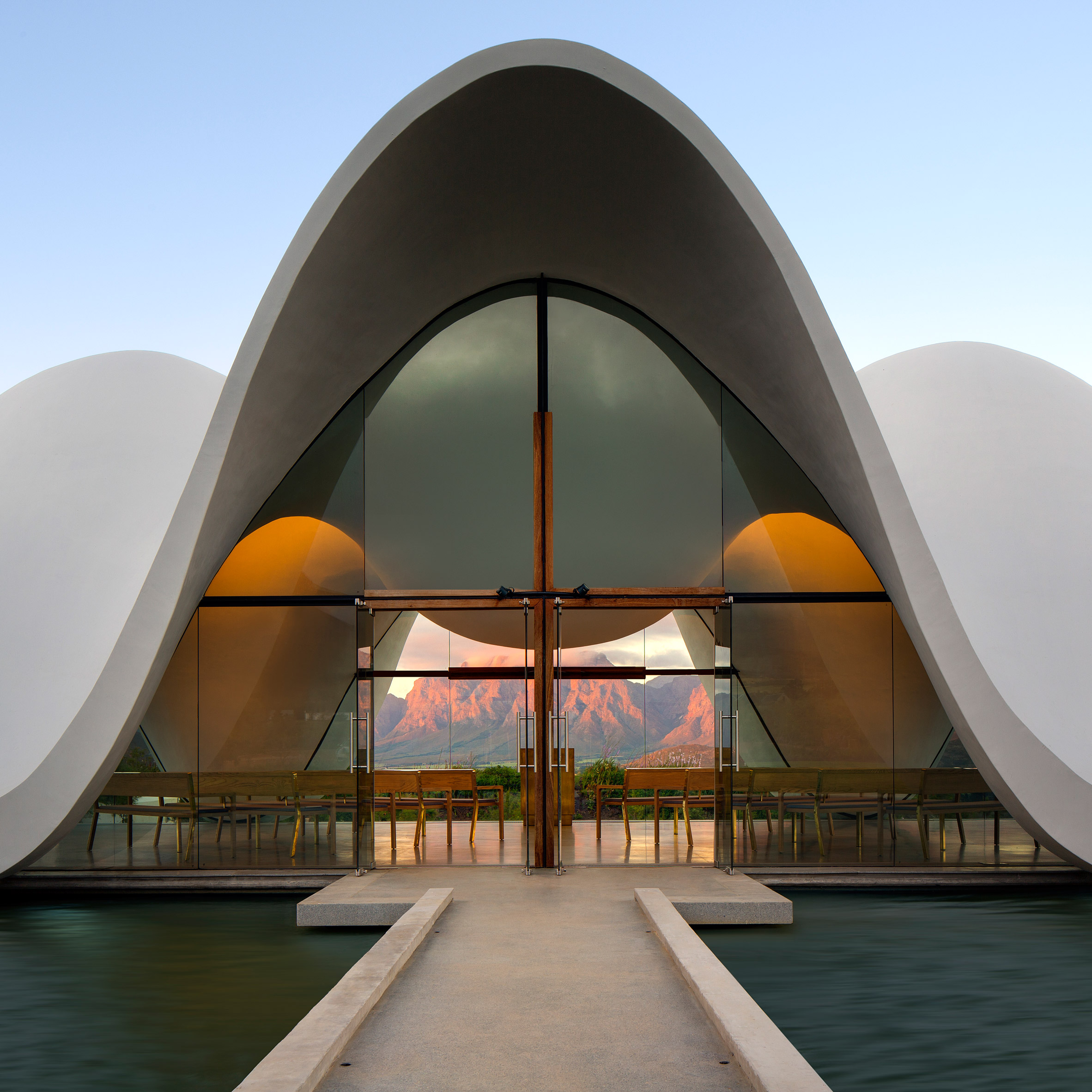 Ordinaire ... Bosjes Chapel By Steyn Studio
