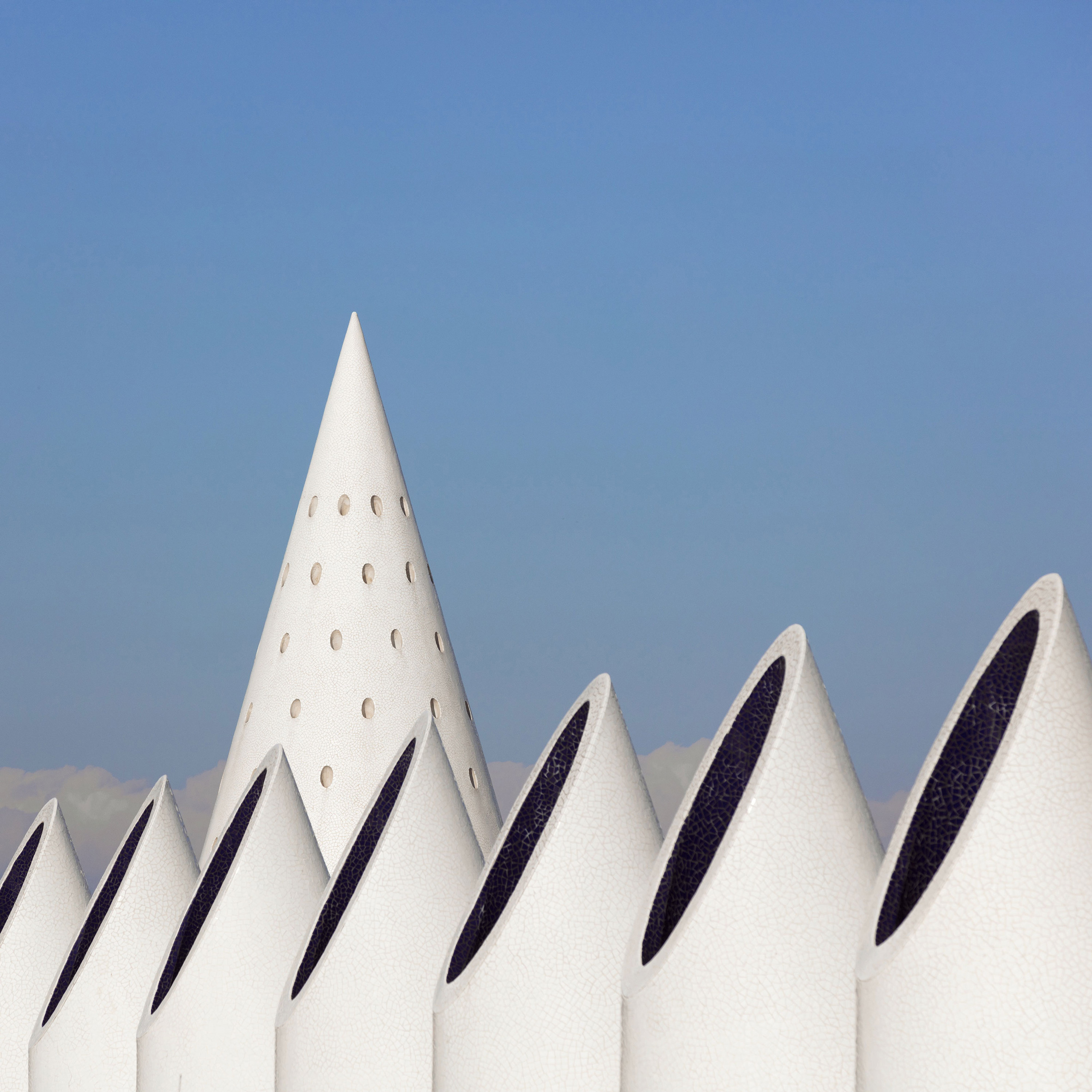 Photographer Sebastian Weiss Presents Calatravas Valencian Architecture As White Sculptures