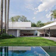 Casa Alto de Pinheiros by AMZ Arquitetos