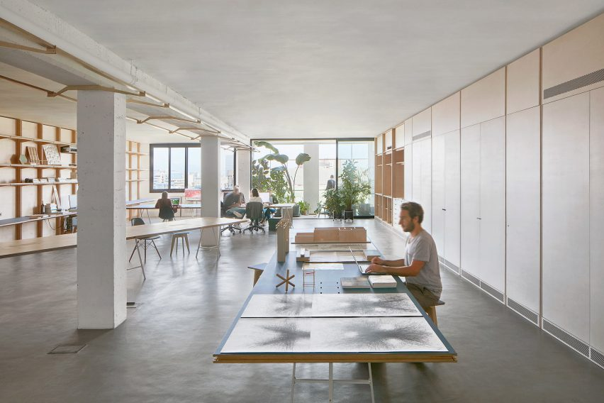 Appareil Pared Back The Typical Warehouse Space To Create Simple Open Working Areas That Would Suit Architects Designers And Similar Creative
