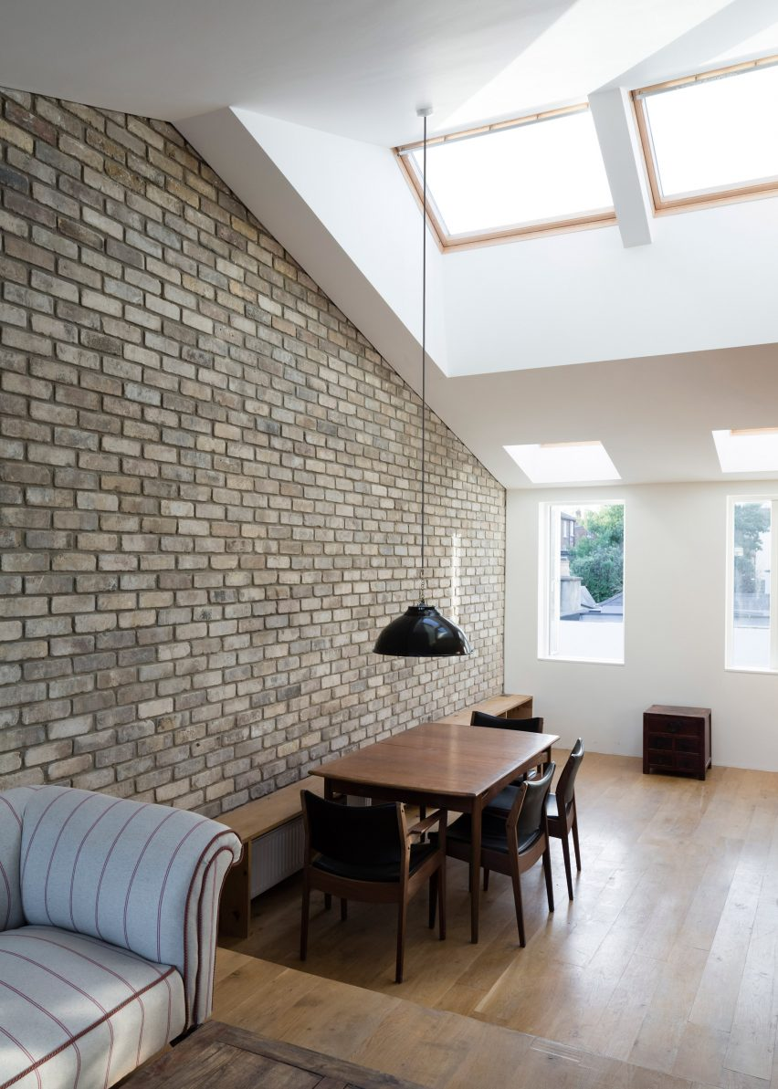 Cratlach Mews House by DUA