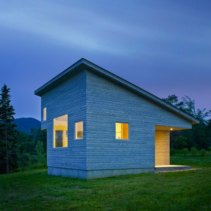 Elizabeth herrmann creates tiny house for artist in for Tiny home architects