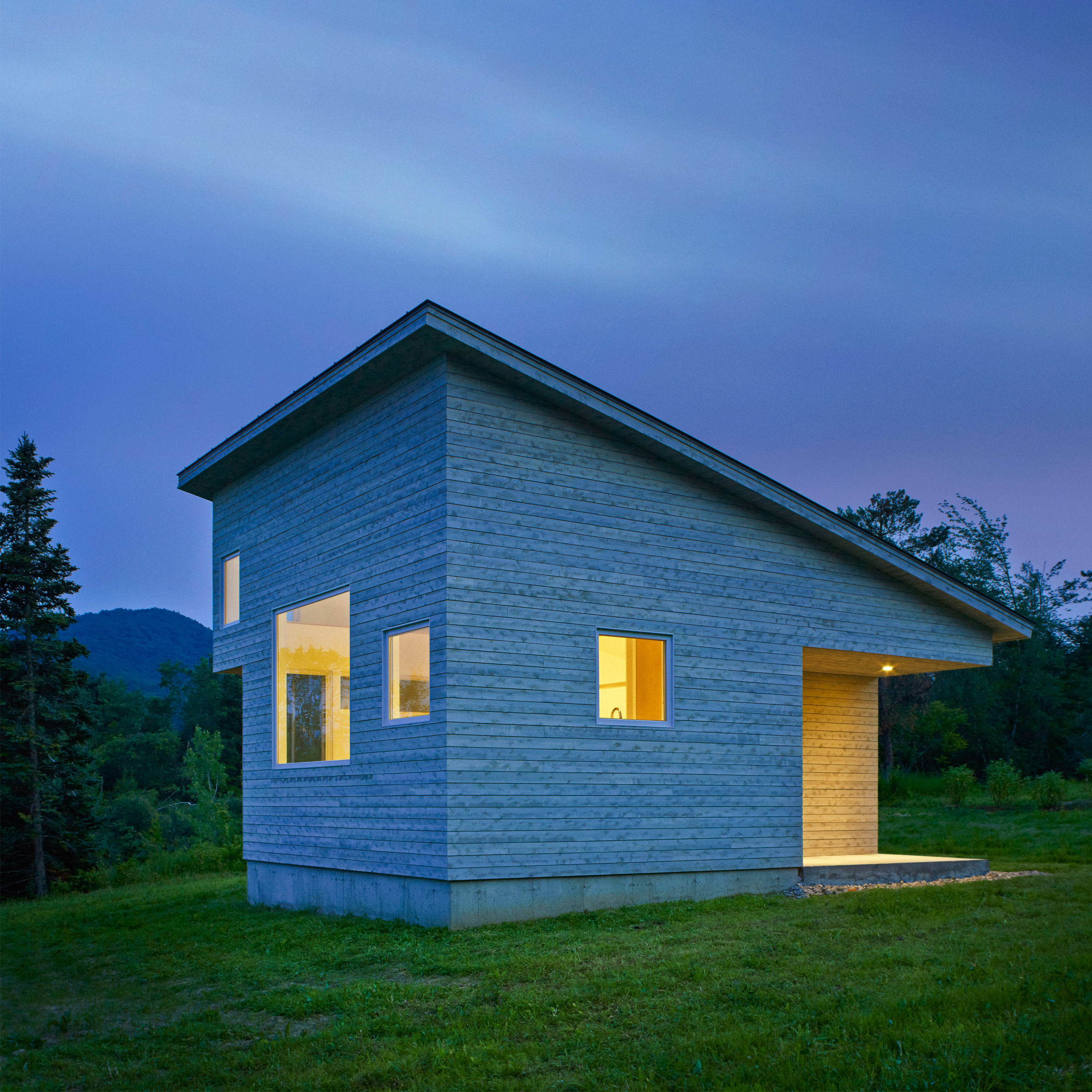 Microhouse by elizabeth herrmann architecture deisgn for Minimal housing