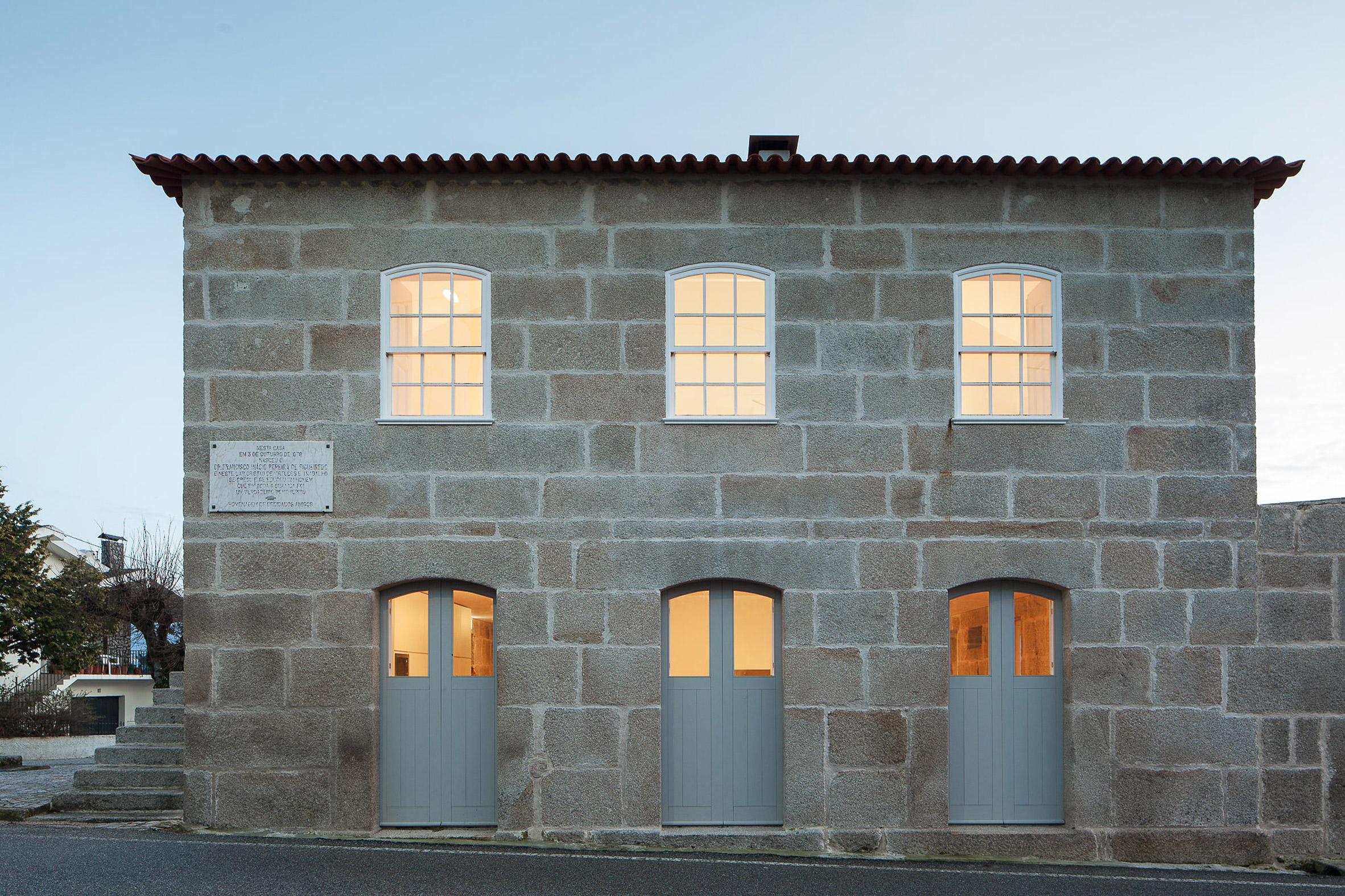 José Almeida transforms stone villa in rural Portugal into holiday house
