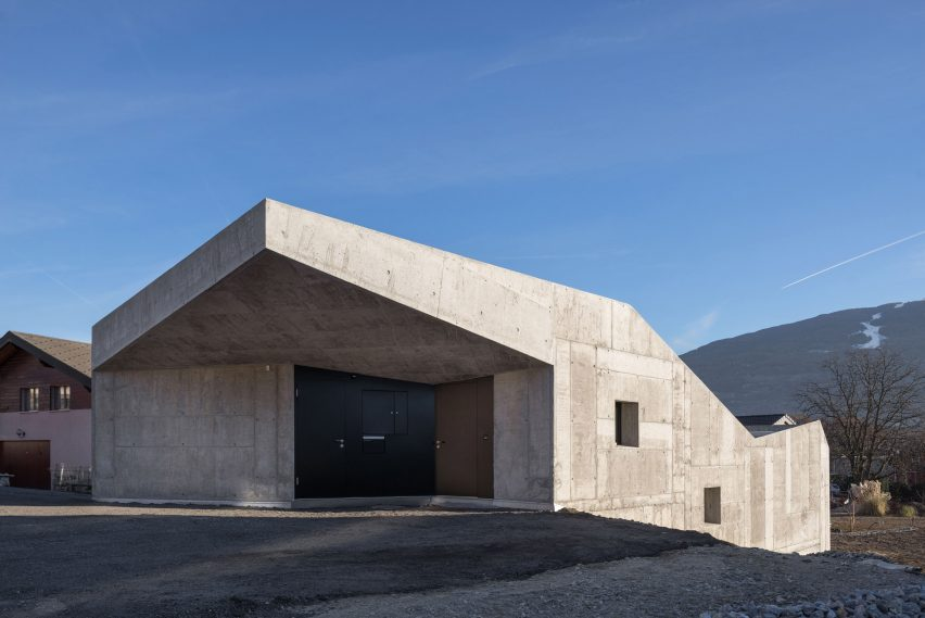House in Savièse by Anako architecture