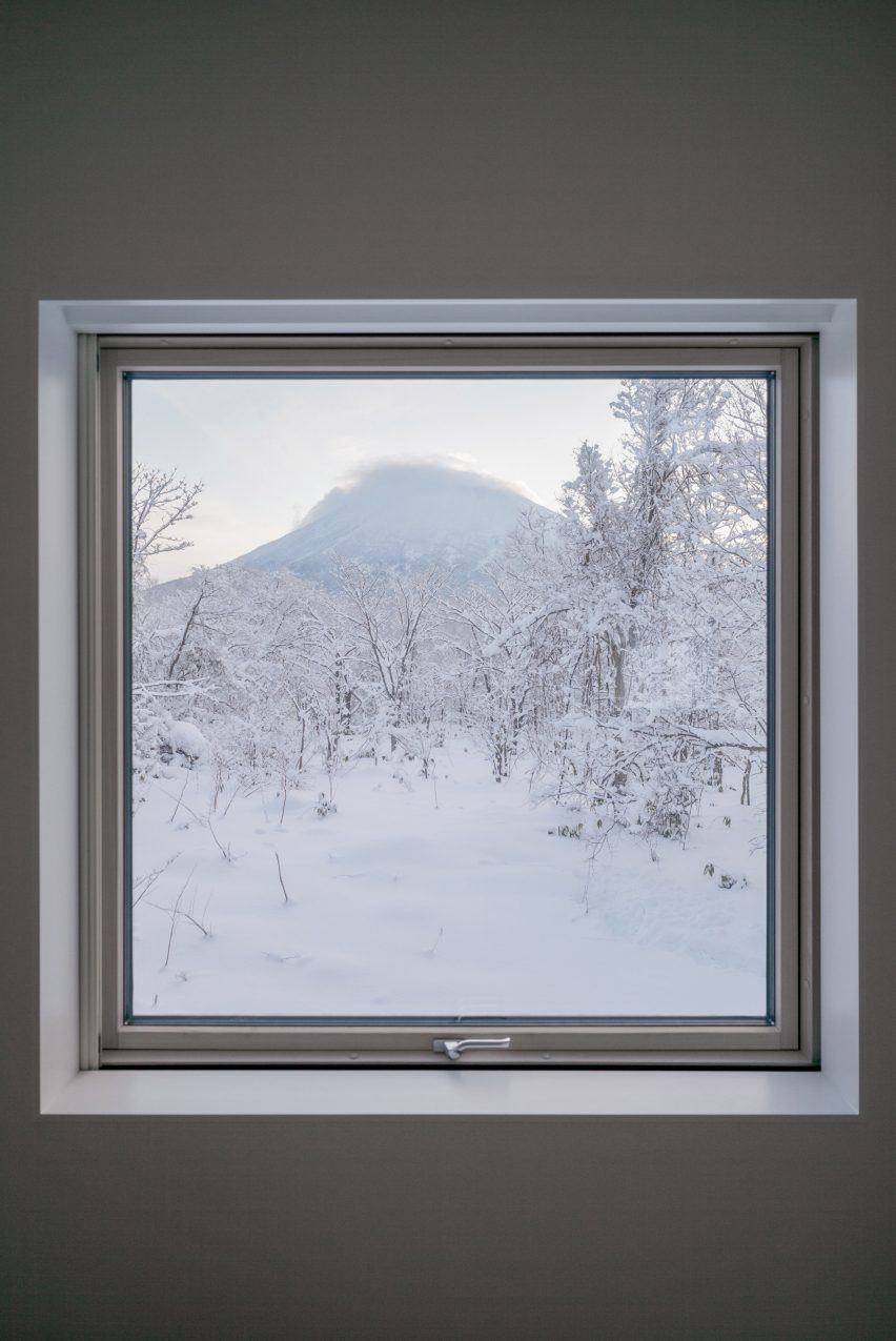 House in Niseko by Florian Busch Architects