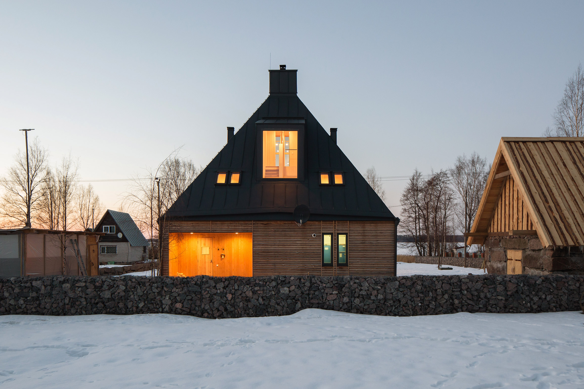 House in Pribylovo by Chovya