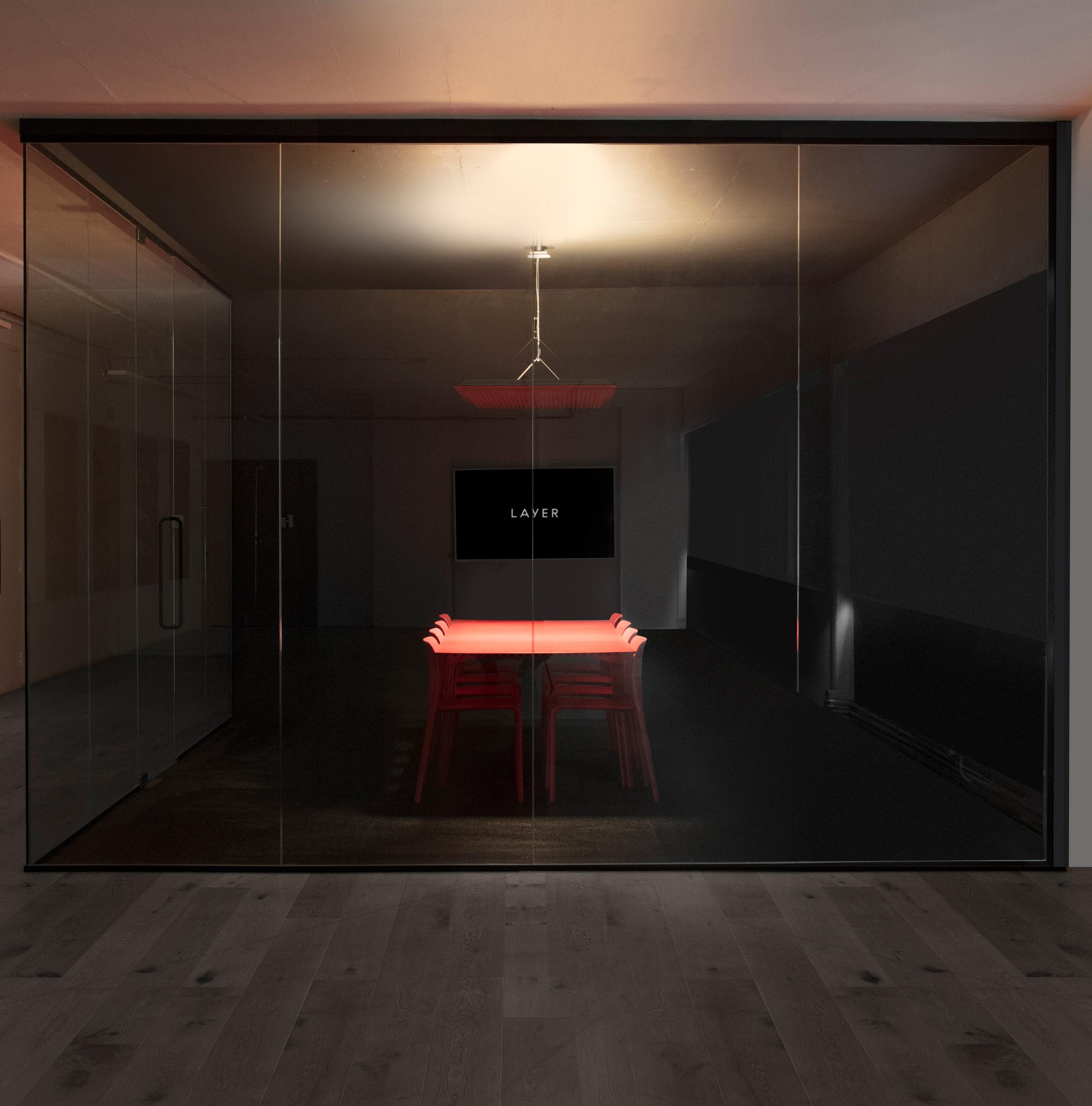Layer self-designed studio