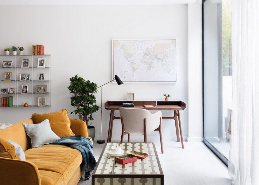 10 homes showcasing mid-century furniture from Dezeen\'s Pinterest ...