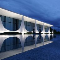 "Brazil's president flees ""ghosts"" at his Oscar Niemeyer-designed home"