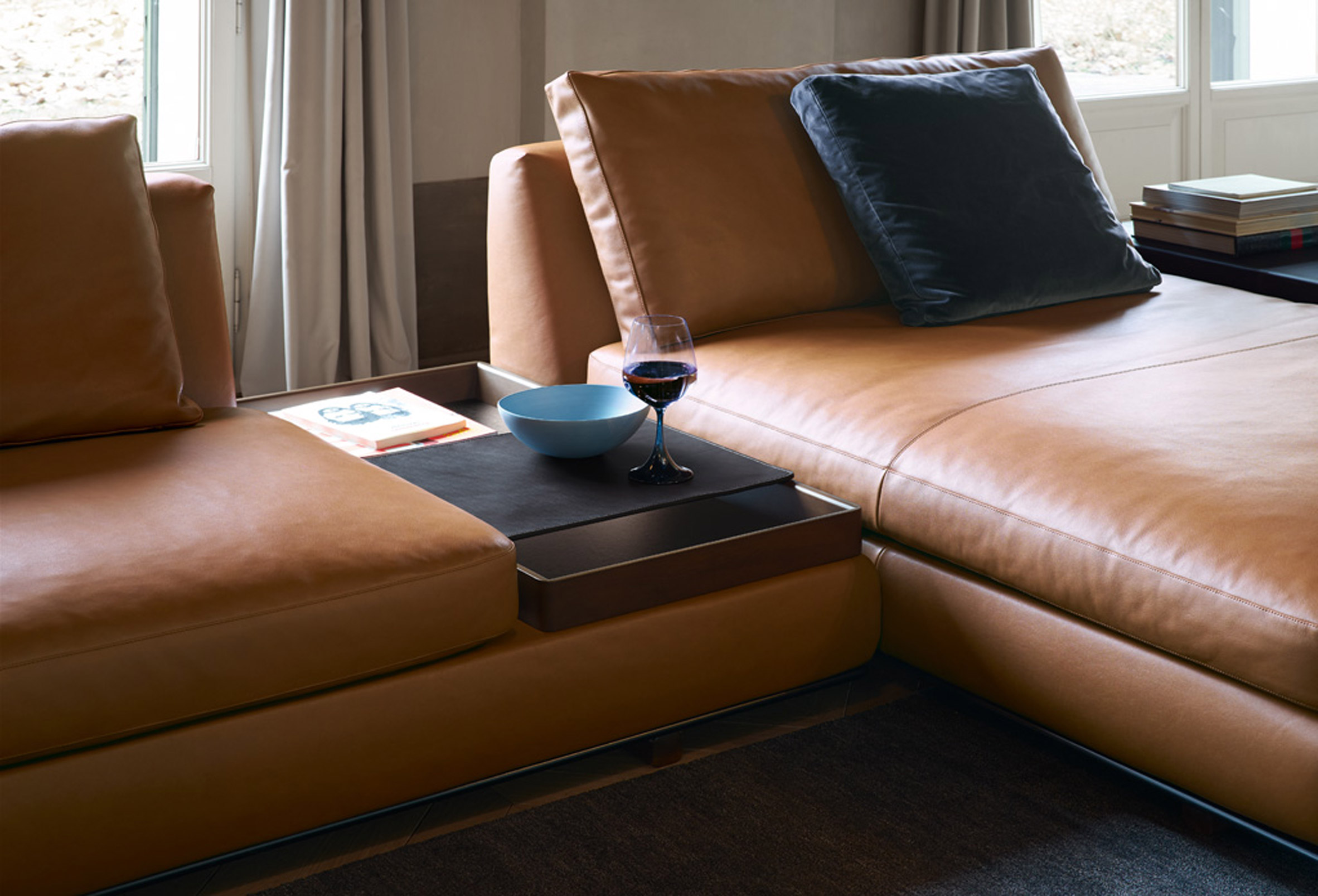 Walter knoll to present sofa with integrated accessories at milan tama living is the setting for the special moment of coming home said walter knoll a clear picture of symmetry lines and surface giving the sofa the parisarafo Gallery