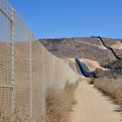 US Mexico double fence border