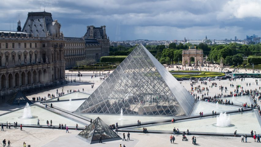 Im Pei S Grand Louvre Receives Aia 25 Year Award