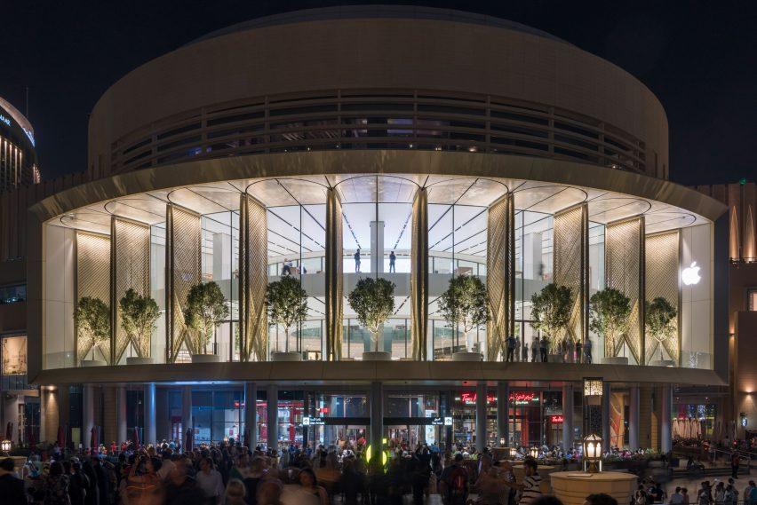 Risultati immagini per Apple Dubai Mall