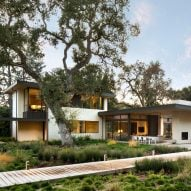 Northern California home by Arcanum Architecture sprawls along verdant lot